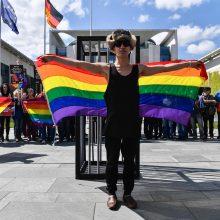 Tik 3 proc. rusų palankiai vertina homoseksualius asmenis