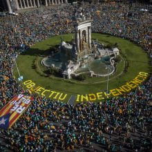 Katalonijai minint nacionalinę dieną į demonstraciją susirinko 600tūkst. žmonių