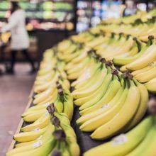 Ekonomistas: maisto kainos dar šiek tiek sumažės