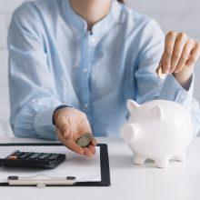 Ekonomistė: jeigu atidėtume tik tai, kas lieka po atlyginimo, santaupų neturėtume