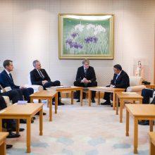 G. Nausėda su Japonijos parlamento vadovu aptarė šalių bendradarbiavimą