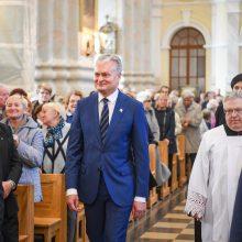Prezidentas pasveikino S. Tamkevičių tapus kardinolu
