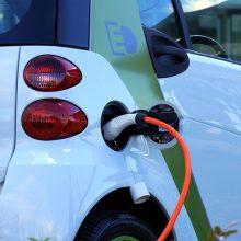 Žalioji revoliucija: elektromobilių gamintojams – nauji iššūkiai