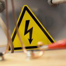 Alytaus rajone darbuotoją mirtinai nukrėtė elektros srovė