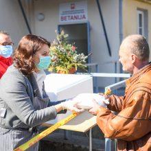 """D. Nausėdienė lankėsi socialinės pagalbos centre """"Betanija"""""""