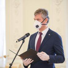 Prezidentas priėmė VSD direktoriaus D. Jauniškio priesaiką