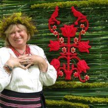 Lietuvos valstybės dienai Raudondvaryje – 25 tūkst. gėlių žiedų