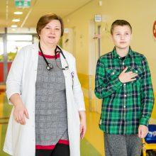 Žmonių gerumas ir medikai daro stebuklus: vėžys traukiasi