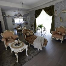 Svajonių namus susikūrę kauniečiai atostogauja savo kieme