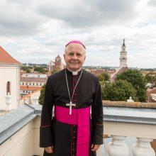 Paskirtasis kardinolas S. Tamkevičius: tikrai važinėsiu dviračiu!