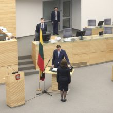 Seime prisiekė ministras K. Mažeika ir parlamentaras A. Mazuronis