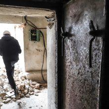 Po nugriautais Profsąjungų rūmais aptikta slėptuvė