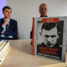 Knygų mugėje pristatyta pirmoji knyga apie J. Žemaitį-Vytautą