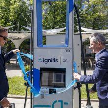 Vilniuje pradeda veikti itin greito elektromobilių įkrovimo stotelė