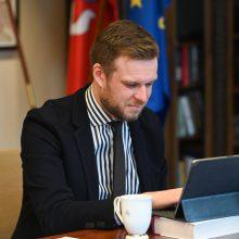 G. Landsbergis dėl COVID-19 ribojimų ragina būti kantriems