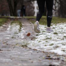 Šlapdriba ir sniegas nesitrauks ir ateinančios savaitės pradžioje