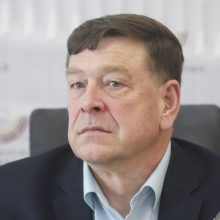 """Seimas """"nesusigundė"""" patraukliu pensininkams siūlymu"""