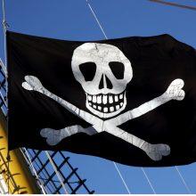 Pernai išaugo piratų išpuolių skaičius