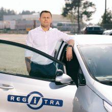 """""""Regitra"""": pažangios technologijos padeda vairuotojui, o ne vairuoja už jį"""