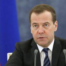 Rusijos premjeras įžvelgia galimybių pagerinti santykius su Ukraina