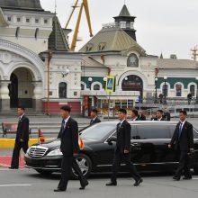Šiaurės Korėjos lyderis Kim Jong Unas atvažiavo į Rusiją