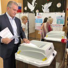 Ukraina nepripažįsta rinkimų Kryme, ragina didinti spaudimą Rusijai