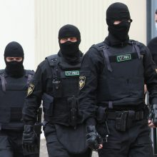 """Baltarusija perdavė Rusijai anksčiau sulaikytus 32 """"kovotojus"""""""