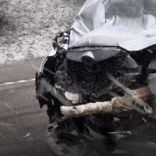 Kelyje A1 Vilniuje susidūrus trims automobiliams nukentėjo žmogus