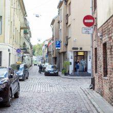 Dėl Kauno senamiesčio gyventojus erzinančių vairuotojų – peticija