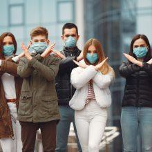 Koronavirusas Lietuvoje: plinta įmonėse, pasilinksminimo vietose