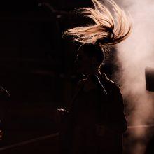 Dž. Butkutės koncertinis filmas palieka viltį, kad rokenrolas bus gyvas ir po pasaulio pabaigos