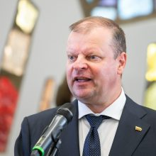 Valdantieji abejoja S. Skvernelio frakcijos siūlymais dėl COVID-19 sprendimų Seime