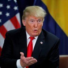 Apkaltos tyrimą dėl D. Trumpo pradėję demokratai šaukia į Kongresą M. Pompeo