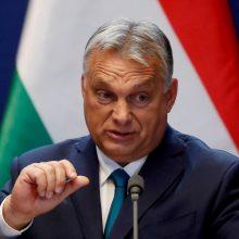 V. Orbanas atmetė ES kritiką dėl Vengrijos sienų uždarymo