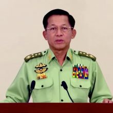 """Mianmaro perversmo lyderiai: """"rinkimų klastojimas"""" pateisina valdžios perėmimą"""