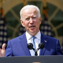 J. Bidenas paskelbė ambicingesnius JAV tikslus prisidėti prie klimato kaitos mažinimo