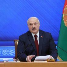 A. Lukašenka neigia, kad jo režimas jėga dorojasi su kritikais