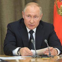 V. Putinas: Rusija nesiims be kokia kaina gelbėti Irano branduolinės sutarties