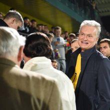 Stadione apsilankęs G. Nausėda: nenusiminkite, Lietuvoje futbolas vis vien bus