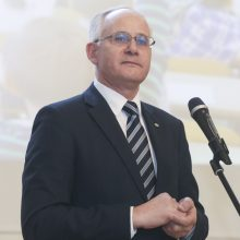 Švietimo ministerijoje įteiktos Metų mokytojo premijos
