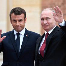 V. Putinas ir E. Macronas telefonu aptarė padėtį Ukrainoje, Libane ir Baltarusijoje