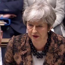 """Th. May sako norinti, kad JK """"kuo greičiau"""" išstotų iš ES"""