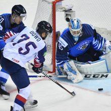 Čekijos ir Suomijos ledo ritulininkai lengvai iškovojo ketvirtąsias pergales