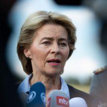 """Kandidatė į EK vadovus: Vokietijos gynybos ministrė, """"visada buvusi Lietuvos pusėje"""""""
