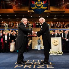 Stokholme ir Osle įteiktos 2019 metų Nobelio premijos