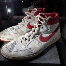 M. Jordano sportbačiai parduoti aukcione beveik už 1,5 mln. JAV dolerių