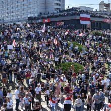 Baltarusijoje tęsiantis protestams A. Lukašenka atsisako atsistatydinti