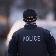 Čikagoje trims asmenims ėmus šaudyti parduotuvėje žuvo vienas, sužeisti keturi žmonės