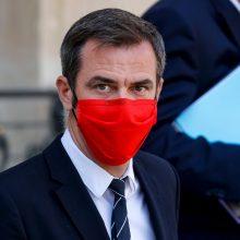 Prancūzija svarsto kai kuriose šalies dalyse įvesti vietinių karantinų