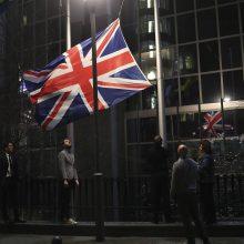 Europos Parlamentas ir Europos Taryba nuleido Britanijos vėliavas